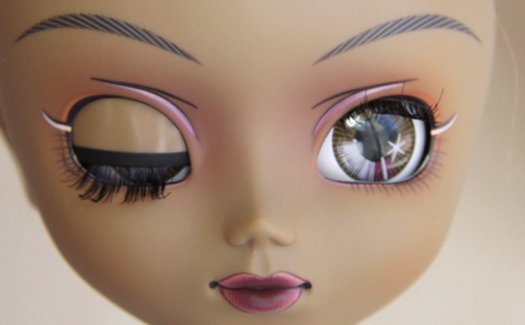 Файл:Pullip Another Queen makeup.jpg