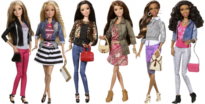 Файл:Barbie Style Glam Lux Series 2015.jpg