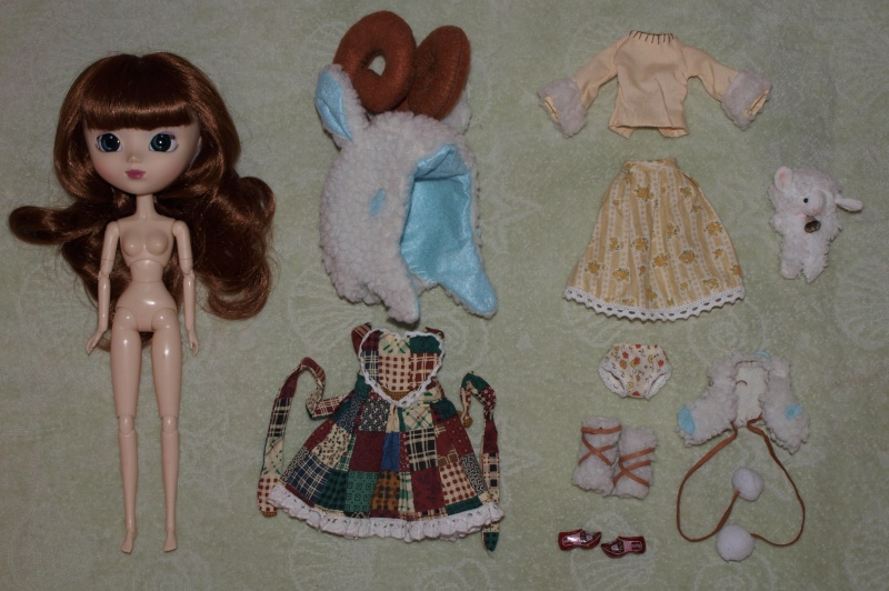 Файл:Pullip Greggia outfit.jpg