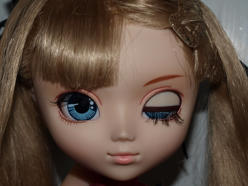 Файл:Pullip Shinku makeup.jpg