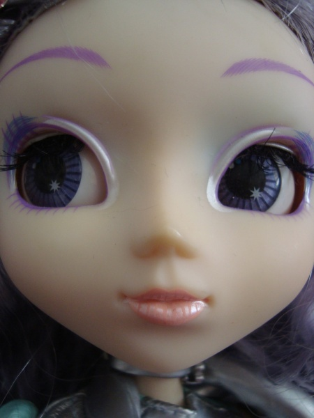 Файл:Pullip Cosmic Mercu makeup.jpg