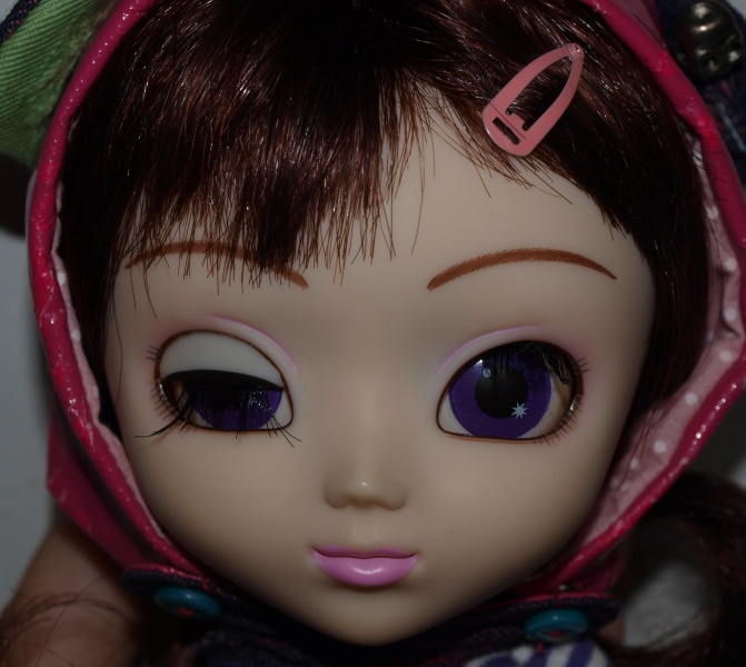 Файл:Pullip Chicca makeup.jpg