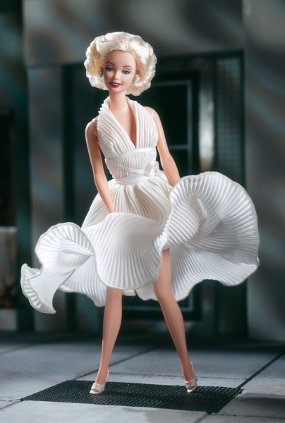 Файл:1997 Barbie as Marilyn in the White Dress from The Seven Year Itch.jpg