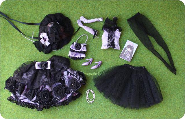 http://kuklopedia.ru/images/9/99/Pullip_Bonita_outfit.jpg