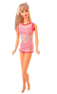 1999 Twist 'N Turn Barbie Reproduction Blonde.jpg
